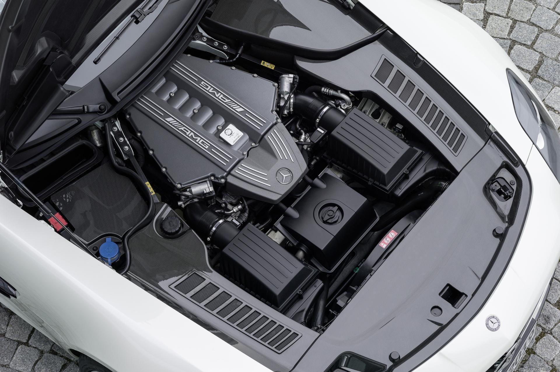 sls amg carbon fiber