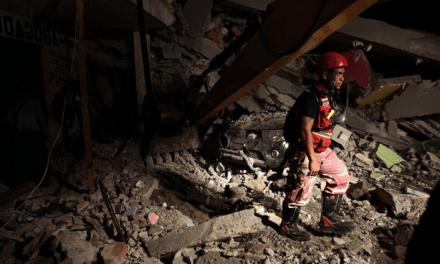 Bispo do Equador pede ajuda depois que terremoto atingiu o país