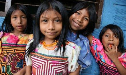 """Secretária do CEPAL critica """"invisibilidade estatística"""" dos povos indígenas"""