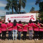 Outubro Rosa: metodista inspira Igreja Local a sair às ruas e conscientizar sobre o auto exame