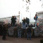Há 27 anos acontecia a queda do muro de Berlim