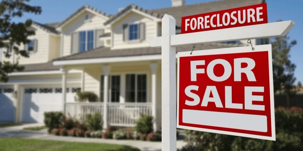 Buying Real Estate at Foreclosure Auctions