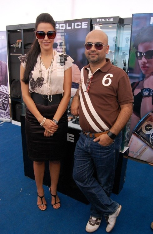 Neha_Dhupia_Haresh_Chainani_MD_Ganga_Watches__at_Police_Timespiece_Collection_launch_at_Aamby_Valley_aeromodellers_meet_