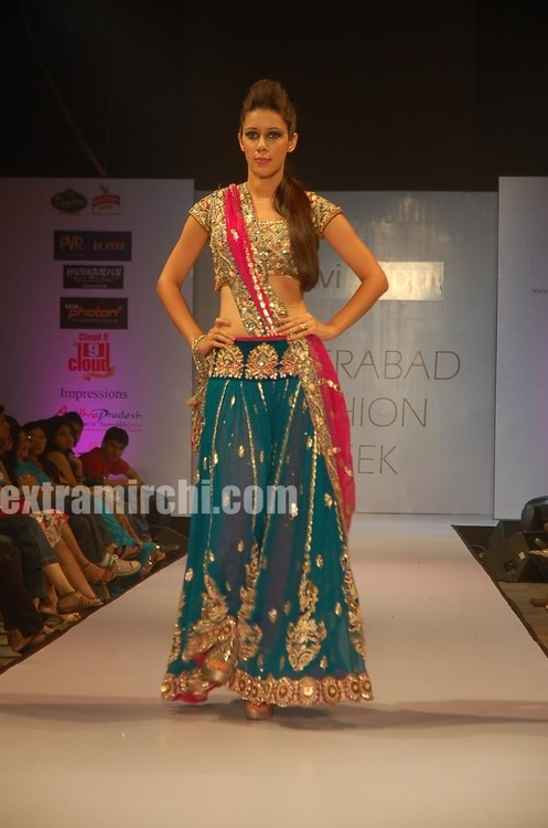 Fashion-models-at-Hyderabd-Fashion-Week-6.jpg