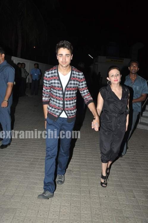 Imran-with-girlfriend-Avantika-Malik-at-IHLS-screenign-at-PVR-1.jpg