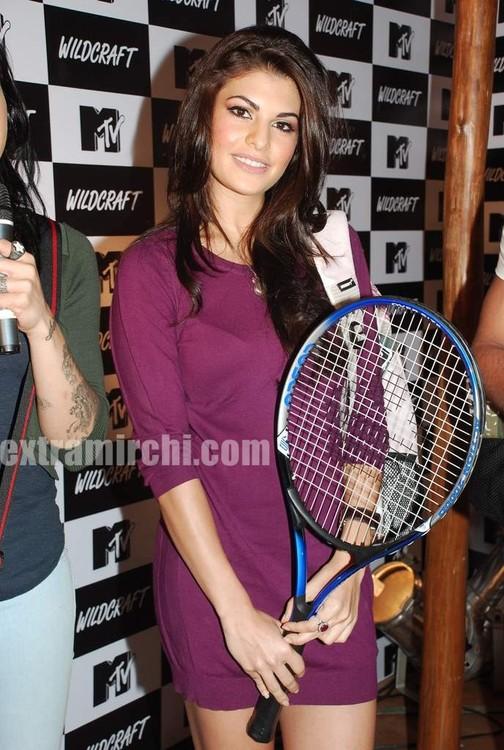 Jacqueline-Fernandez-at-the-launch-of-MTV-Wildcraft-7.jpg
