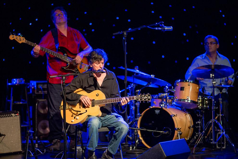 @013 Earshot Jazz Festival presented Vinicius Cantuária-