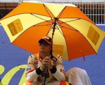 Piquet despedido por Renault.