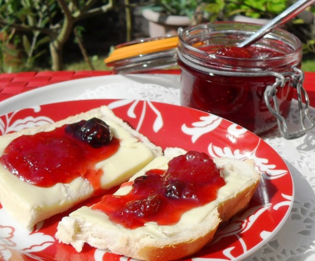 Preserve, British, bread and jam