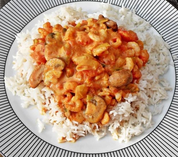 Uniform Foodies App, Uniform Dating, Madras, Indian curry, mild