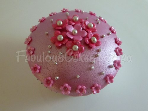 pink-flower-cup-cake