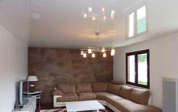 pose de plafond tendu grenoble un projet de r novation d couvrir facilis travaux. Black Bedroom Furniture Sets. Home Design Ideas