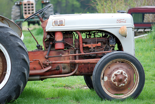 Ford Tractor - Sterling, PA