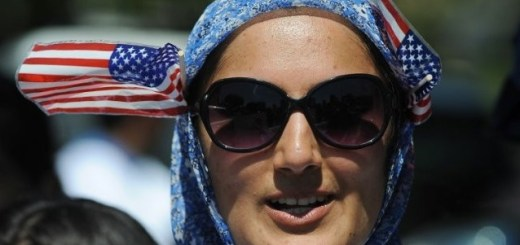 hijab-flags-afp-640x480