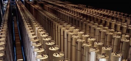 1280px-Gas_centrifuge