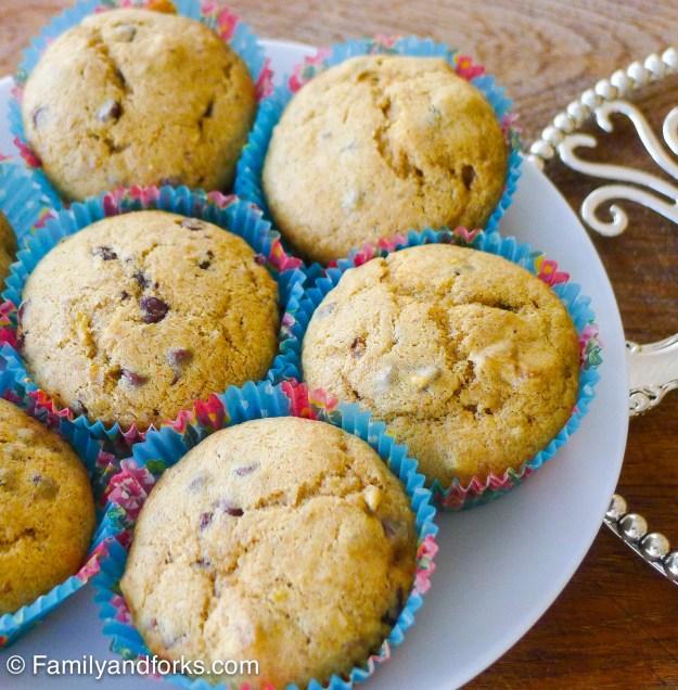 chocolate-banana-nut-muffins
