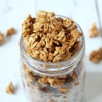 5-ingredient homemade granola