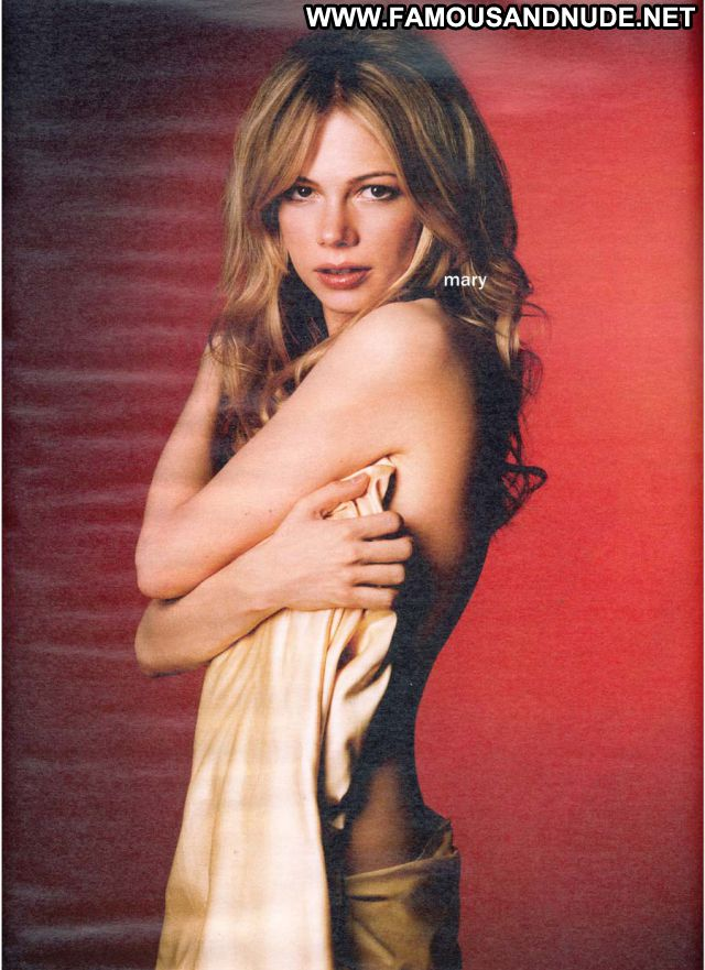 Michelle Williams Showing Tits Celebrity Nude Scene Famous