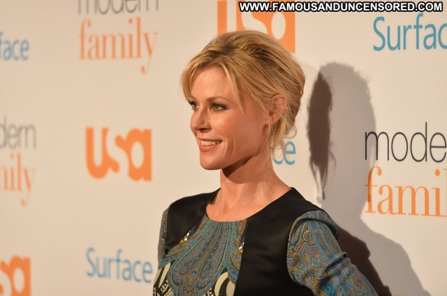Julie Bowen Modern Family High Resolution Usa Beautiful Babe