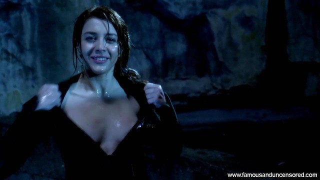 Elena Satine Smallville Nude Scene Beautiful Celebrity Sexy