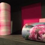 Tapeten mit schönen Farben kombiniert