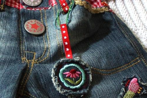 bunter hosenbund kati henri jeanshose schnittmuster designerjeans farbenmix. Black Bedroom Furniture Sets. Home Design Ideas