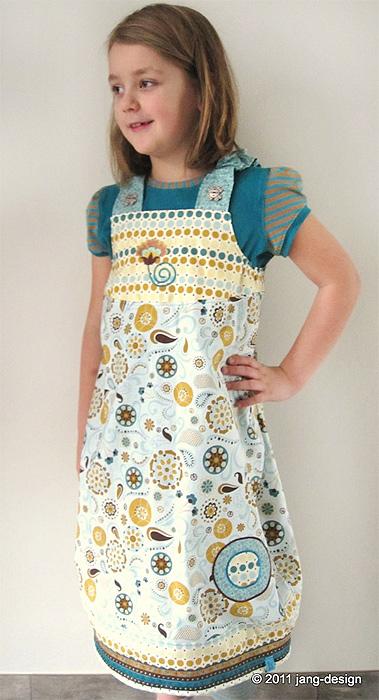 MADITA Schnittmuster Kleid Trägerkleid farbenmix