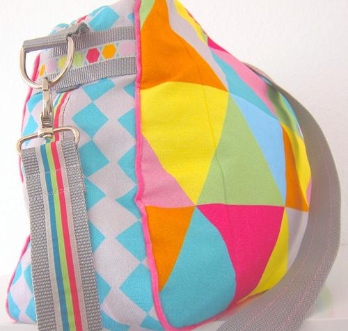 Bags to love: Geometric farbenmix Designstoff Alles Könner Schultasche Wickeltasche Sporttasche