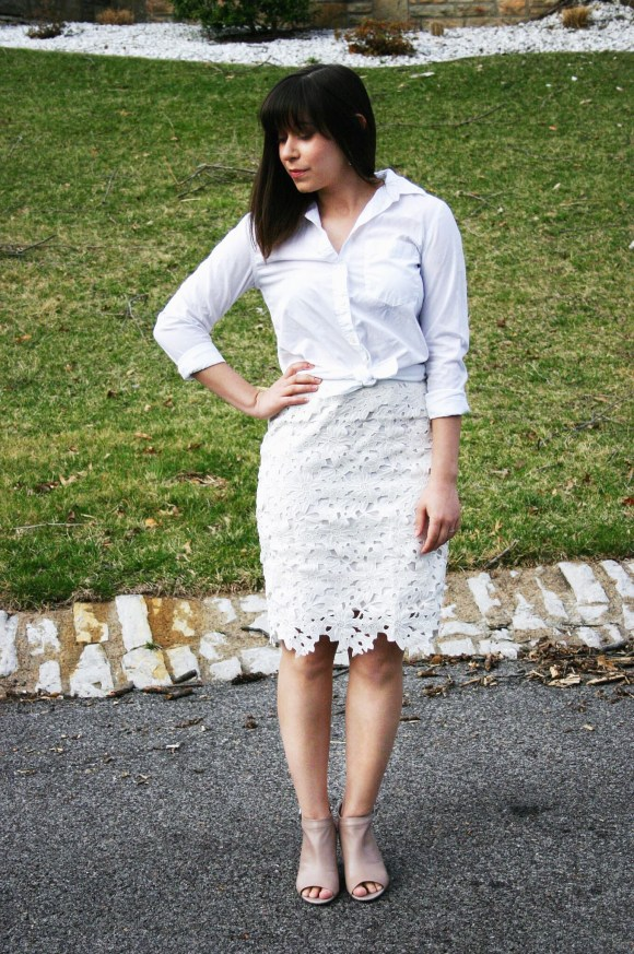 Jeanne FBC Banana Republic Dillon White Button Down Shirt Ann Taylor Lace Skirt Taupe Peep-Toe Booties 7