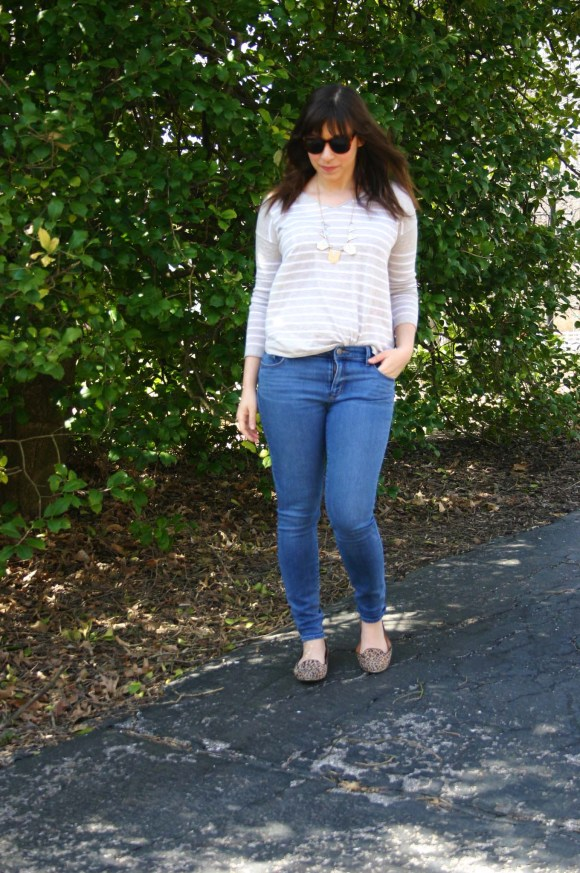 Jeanne FBC Camel and White Striped Pullover Sweater LOFT skinny jeans Leopard Loafers Target Geometric Silver and Gold Necklace Weekend Casual 9