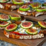 Tartines aux figues, chèvre et jambon de parme