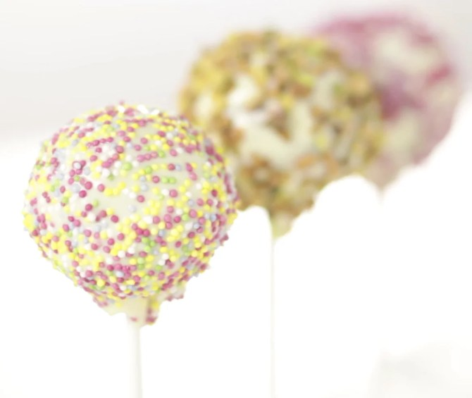 cake pops decoration chocolat blanc pistache