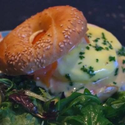 Eggs Royal (Oeufs à la royale)