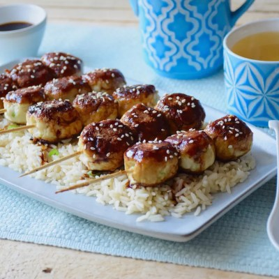 Chicken meatballs on sticks – Japanese style