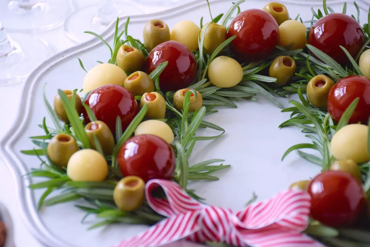 Rosemary wreath appetizer