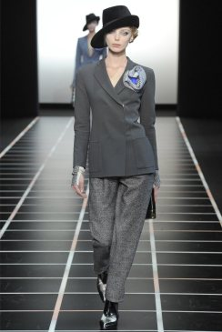 Giorgio Armani Fall 2012 | Milan Fashion Week