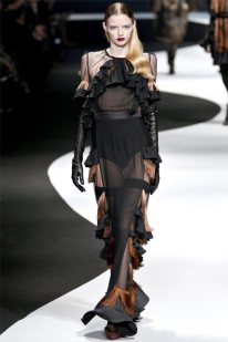 Viktor & Rolf Fall 2012 | Paris Fashion Week
