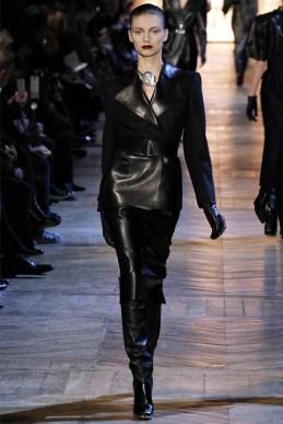 Yves Saint Laurent Fall 2012 | Paris Fashion Week