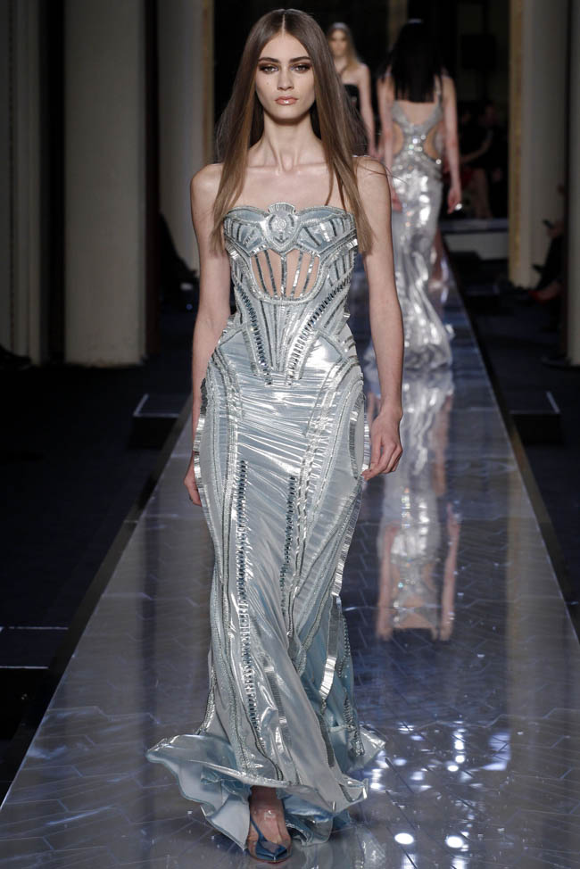 Atelier versace spring summer 2014 paris haute couture for Summer haute couture