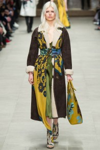 burberry-prorsum-fall-winter-2014-showt16