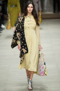 burberry-prorsum-fall-winter-2014-showt23
