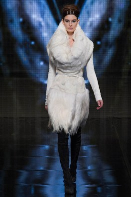 donna-karan-fall-winter-2014-show19