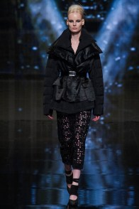 donna-karan-fall-winter-2014-show22