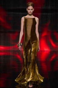 donna-karan-fall-winter-2014-show37