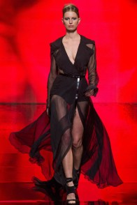 donna-karan-fall-winter-2014-show43