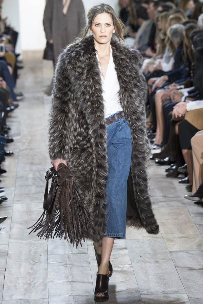 http://i1.wp.com/www.fashiongonerogue.com/wp-content/uploads/2014/02/michael-kors-fall-winter-2014-show3.jpg