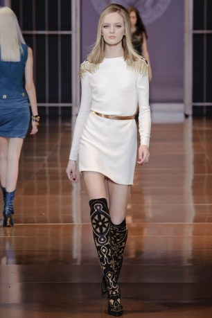 versace-fall-winter-2014-show39