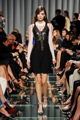 louis-vuitton-cruise-2015-runway-photos19