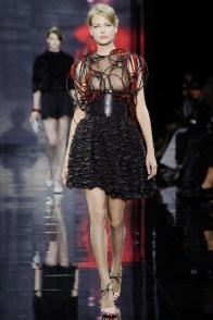armani-prive-2014-fall-haute-couture-show40