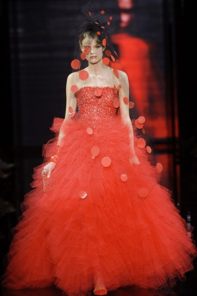 armani-prive-2014-fall-haute-couture-show70